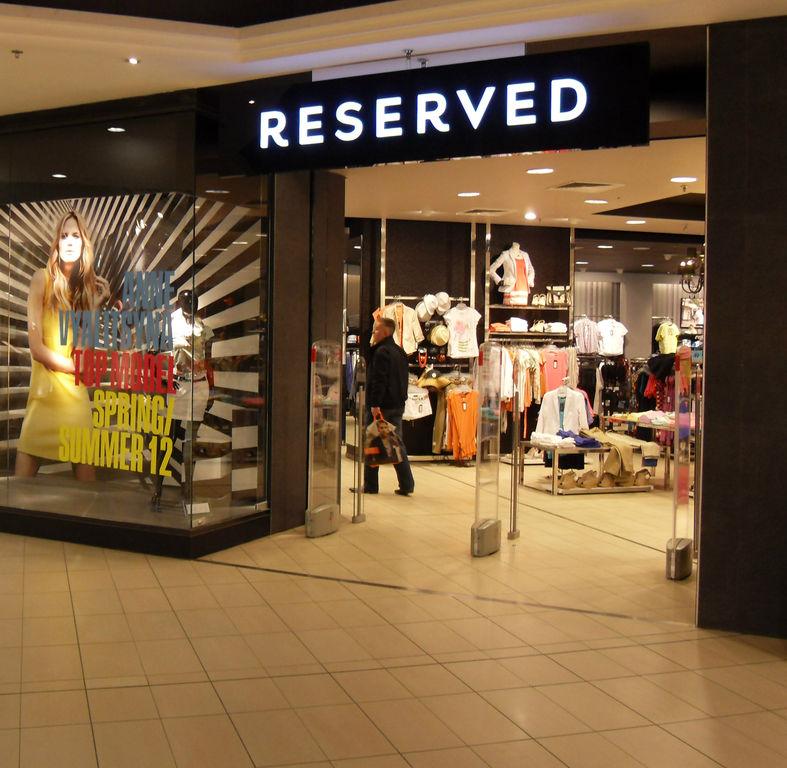 Reserved Centrum Chodov. Open. Roztylská 2321  19 55cfa95138b